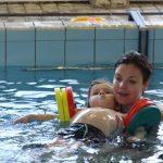 zwembad de dubbel Baby en peuter zwemmen